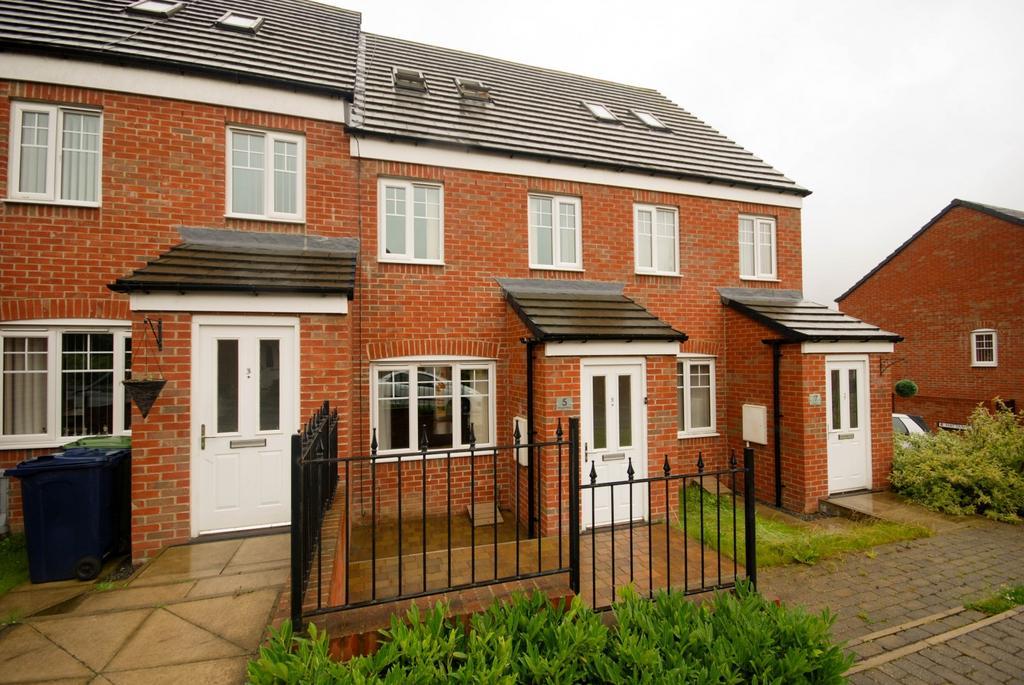 3 Bedrooms Terraced House for sale in Angel Way, Birtley