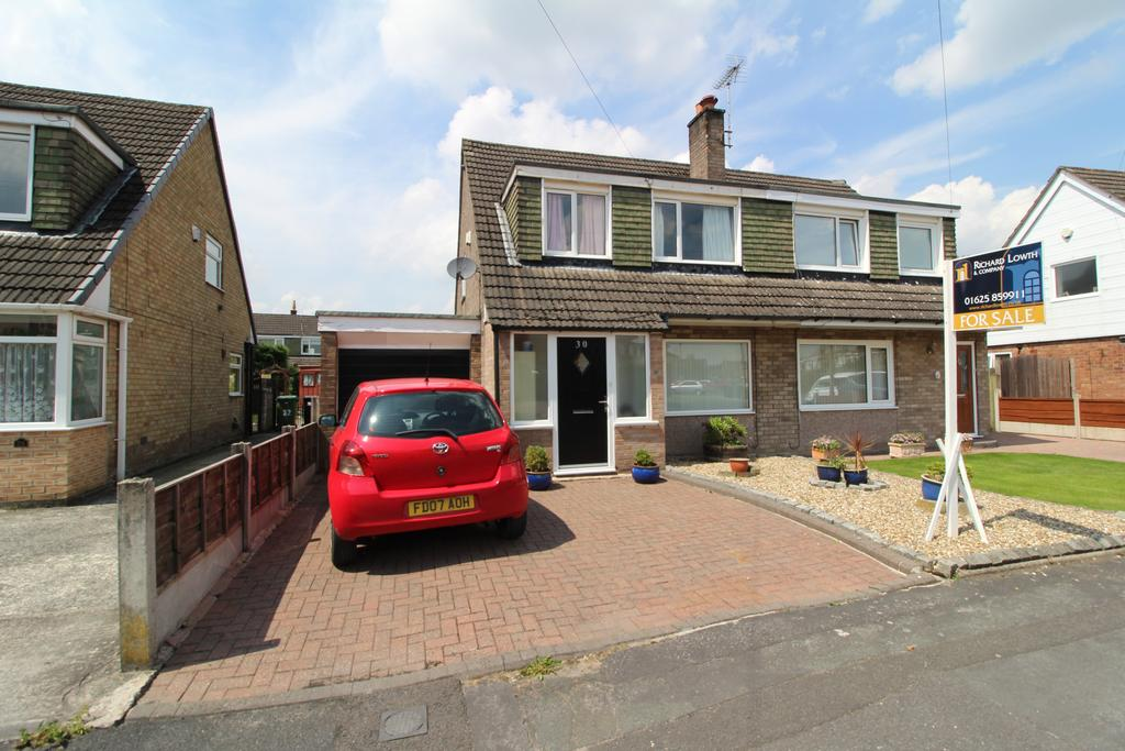 3 Bedrooms Semi Detached House for sale in HAZEL GROVE (BEAUMARIS CRESCENT)