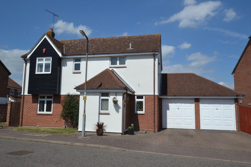 4 Bedrooms Detached House for sale in Arundel Way, Billericay, Essex, CM12