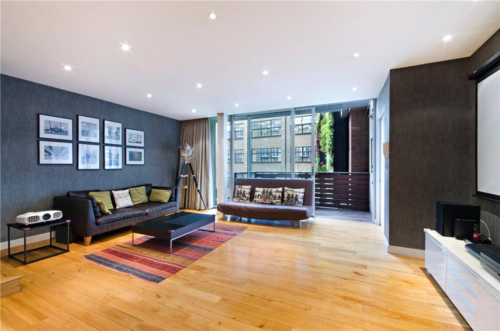 2 Bedrooms Flat for sale in Martha's Buildings, City, London, EC1V