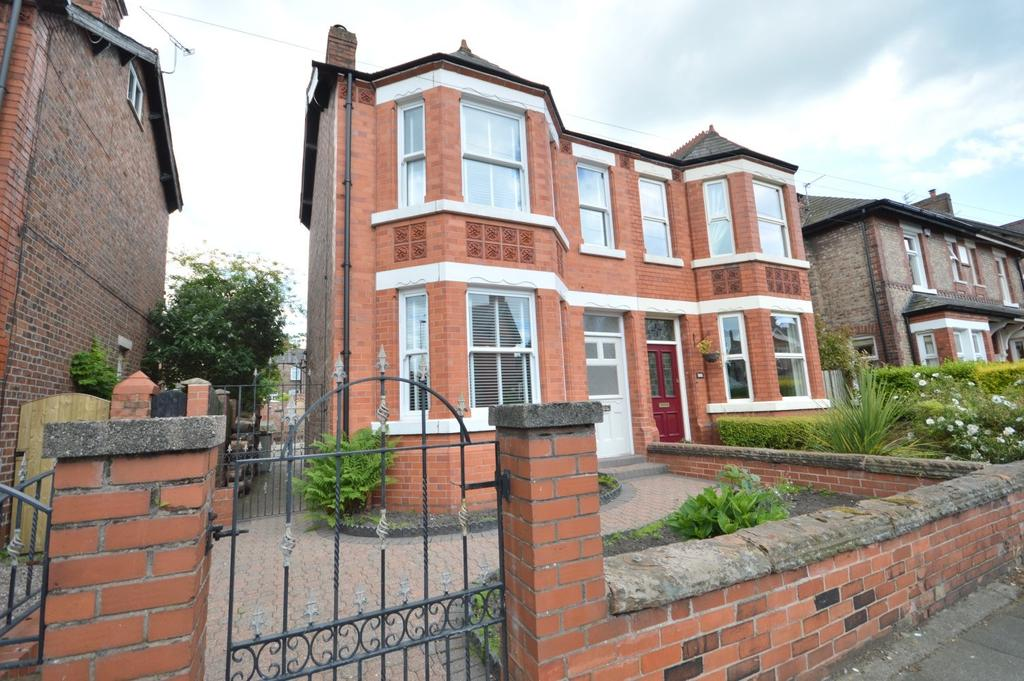 4 Bedrooms Semi Detached House for sale in Cawdor Street, Stockton Heath