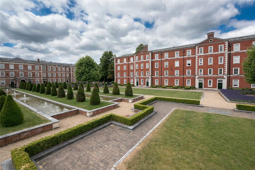 3 Bedrooms Apartment Flat for sale in Winchester, Hampshire, SO23