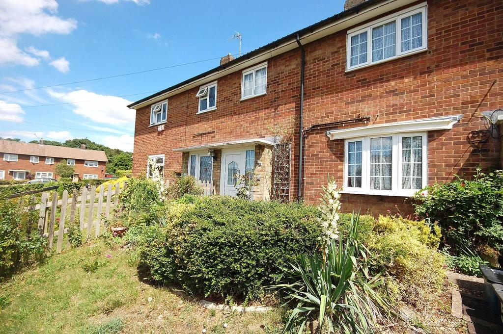 3 Bedrooms Terraced House for sale in Barclay Crescent, Stevenage