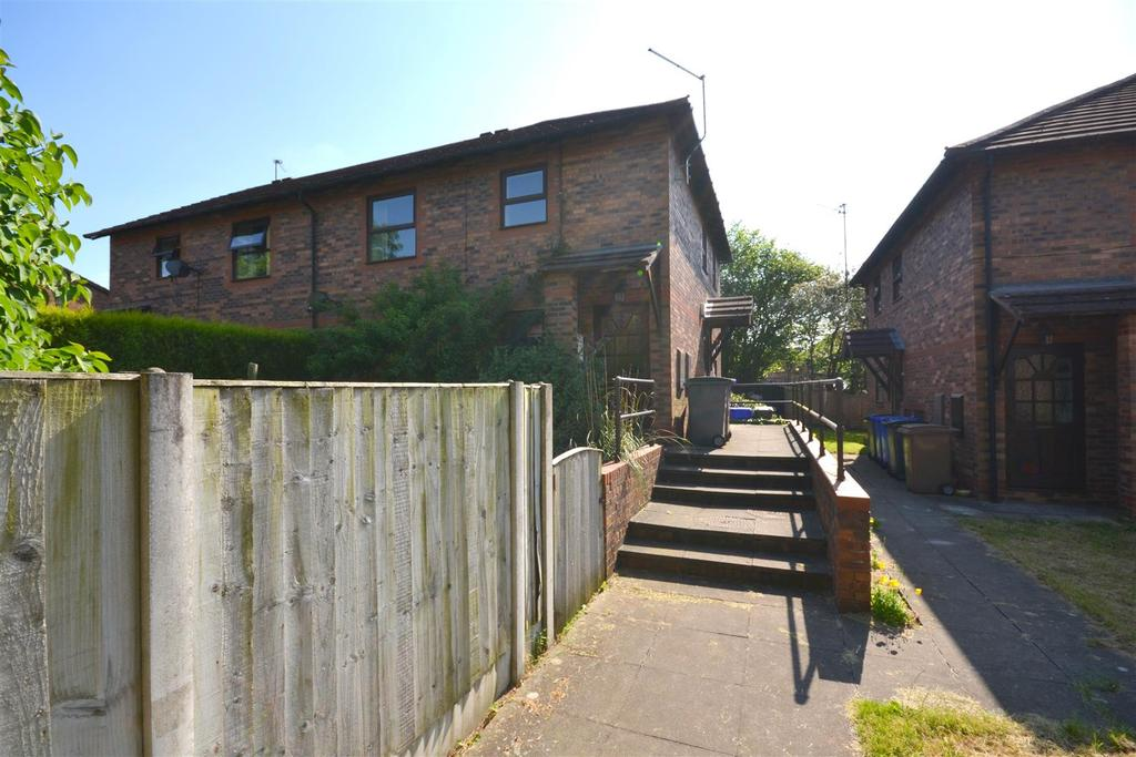 2 Bedrooms Apartment Flat for sale in Lukesland Avenue, Penkhull, Stoke-On-Trent