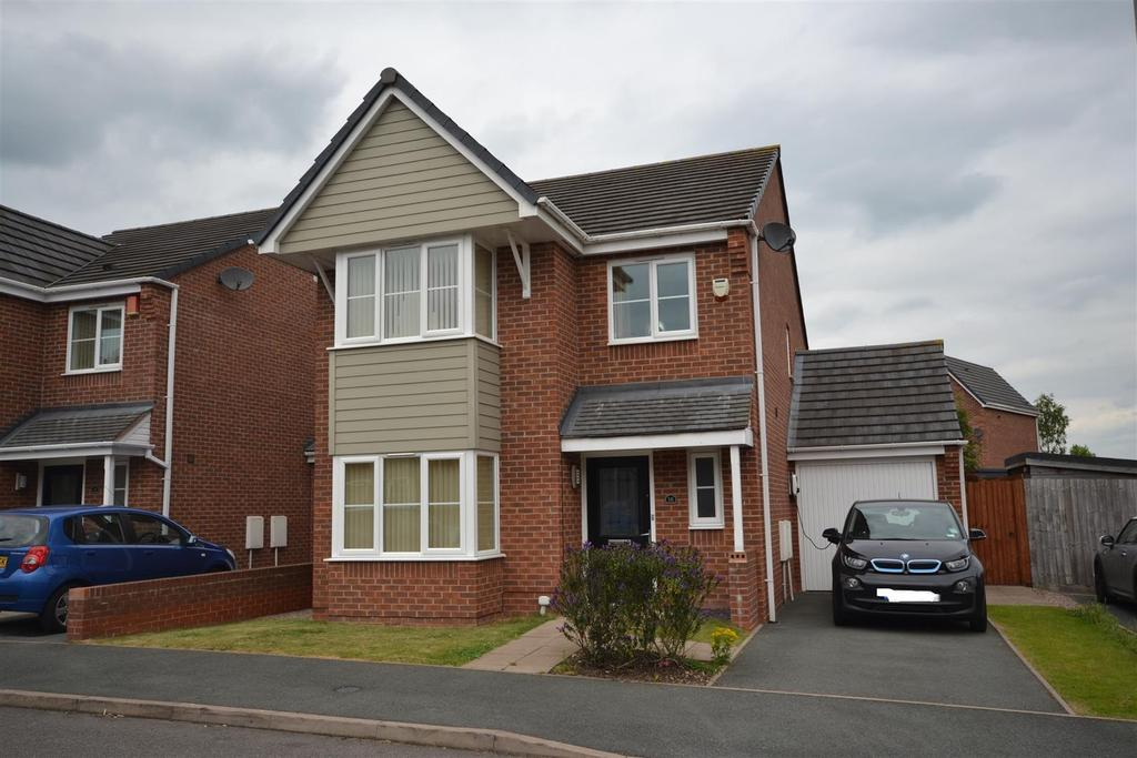 4 Bedrooms Detached House for sale in Warners Drive, Weston Coyney, Stoke-On-Trent