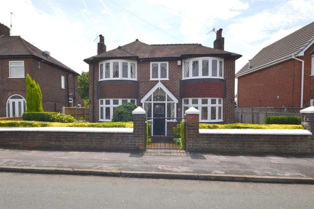 3 Bedrooms Detached House for sale in Downing Avenue, Maybank, Newcastle