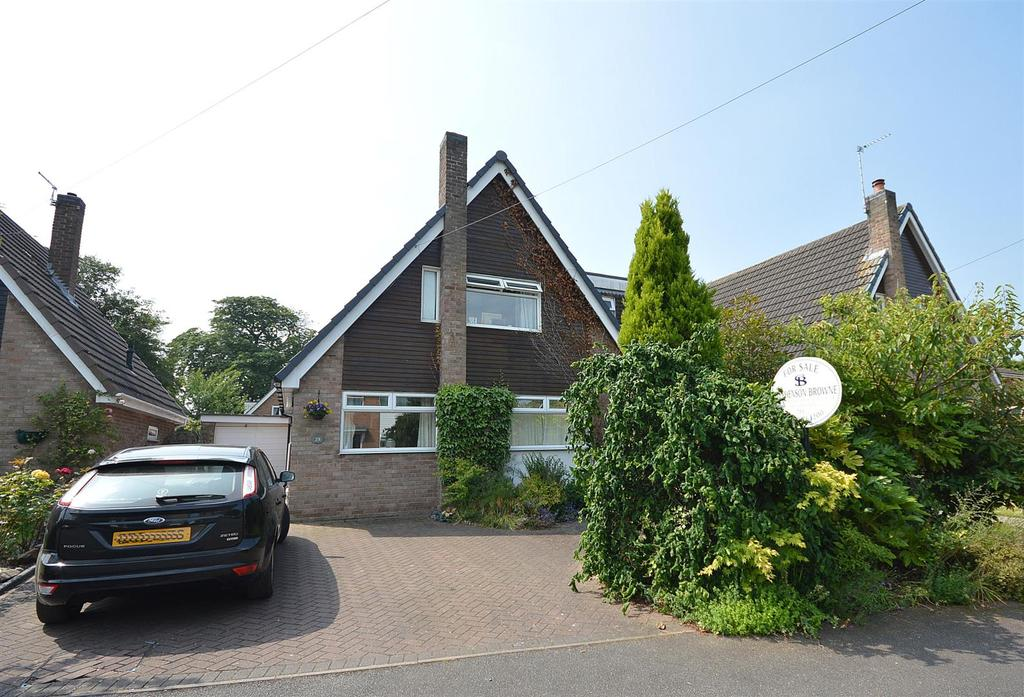 3 Bedrooms Detached House for sale in Brookland Drive, Sandbach