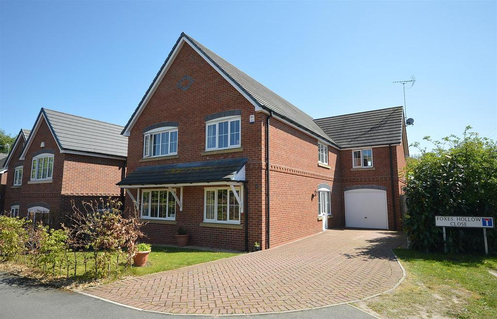 5 Bedrooms Detached House for sale in Foxes Hollow Close, Haslington