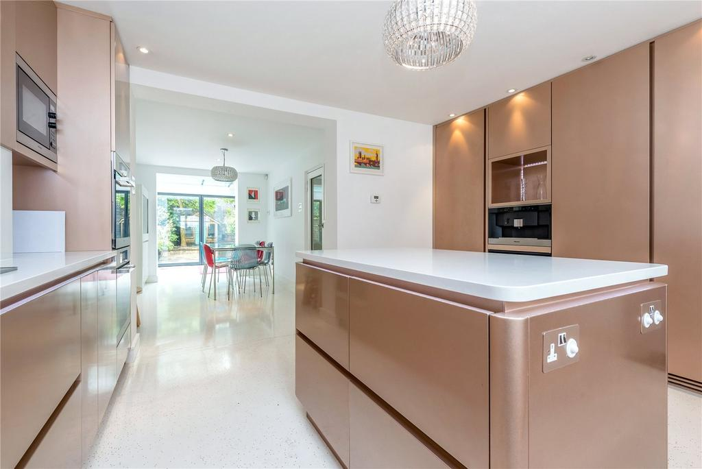 4 Bedrooms End Of Terrace House for sale in Burgh Street, Islington, London, N1