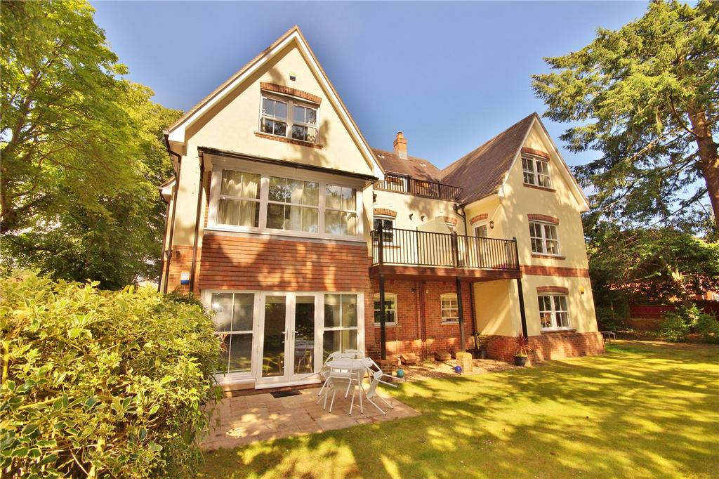 3 Bedrooms Penthouse Flat for sale in Tower Road, Branksome Park, Poole, Dorset, BH13