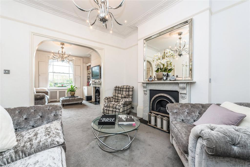3 Bedrooms Terraced House for rent in Thornhill Square, Barnsbury, Islington, London, N1