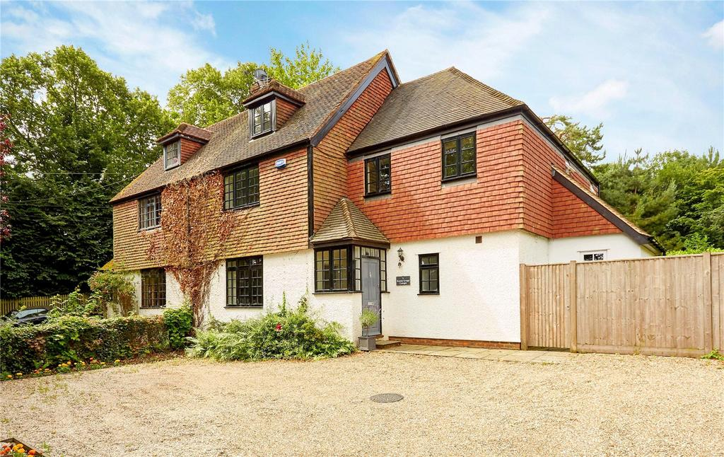 4 Bedrooms Semi Detached House for sale in Brattles Grange Cottages, Tibbs Court Lane, Brenchley, Tonbridge, TN12