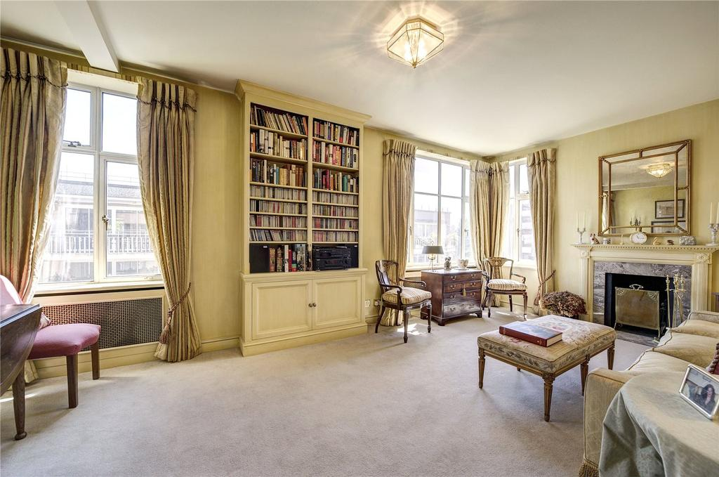 2 Bedrooms Flat for sale in Lowndes Square, London, SW1X