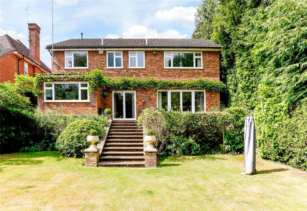 5 Bedrooms Detached House for sale in The Broadwalk, Northwood, Middlesex, HA6