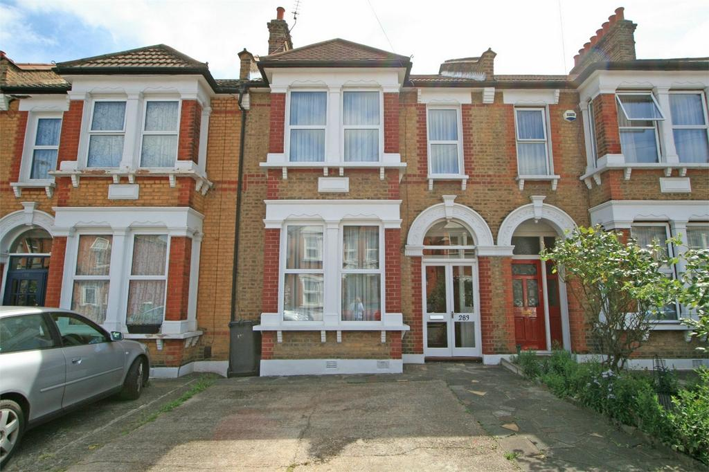 3 Bedrooms Terraced House for sale in Torridon Road, Hither Green