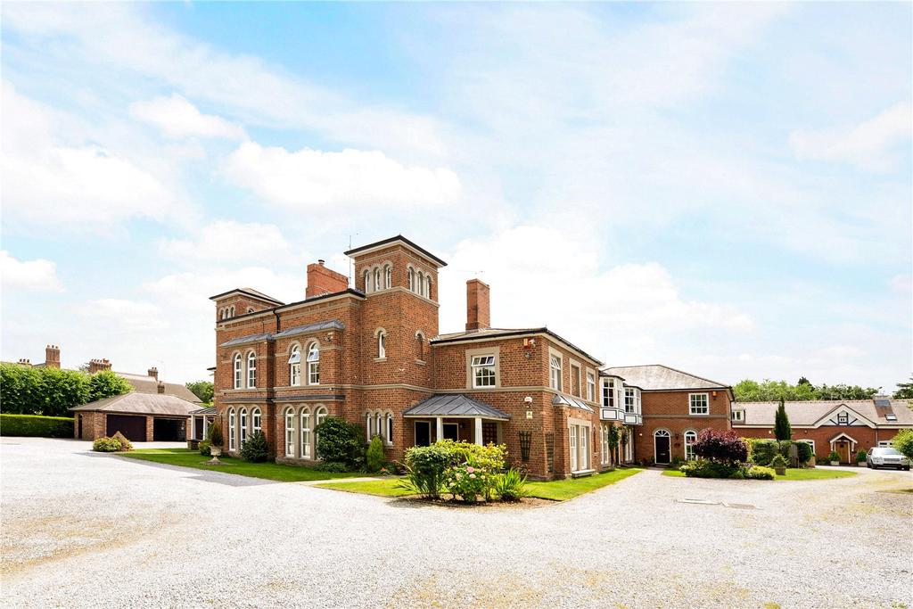 2 Bedrooms Flat for sale in Chestnut Grange, 9-11 Curzon Park South, Chester, CH4