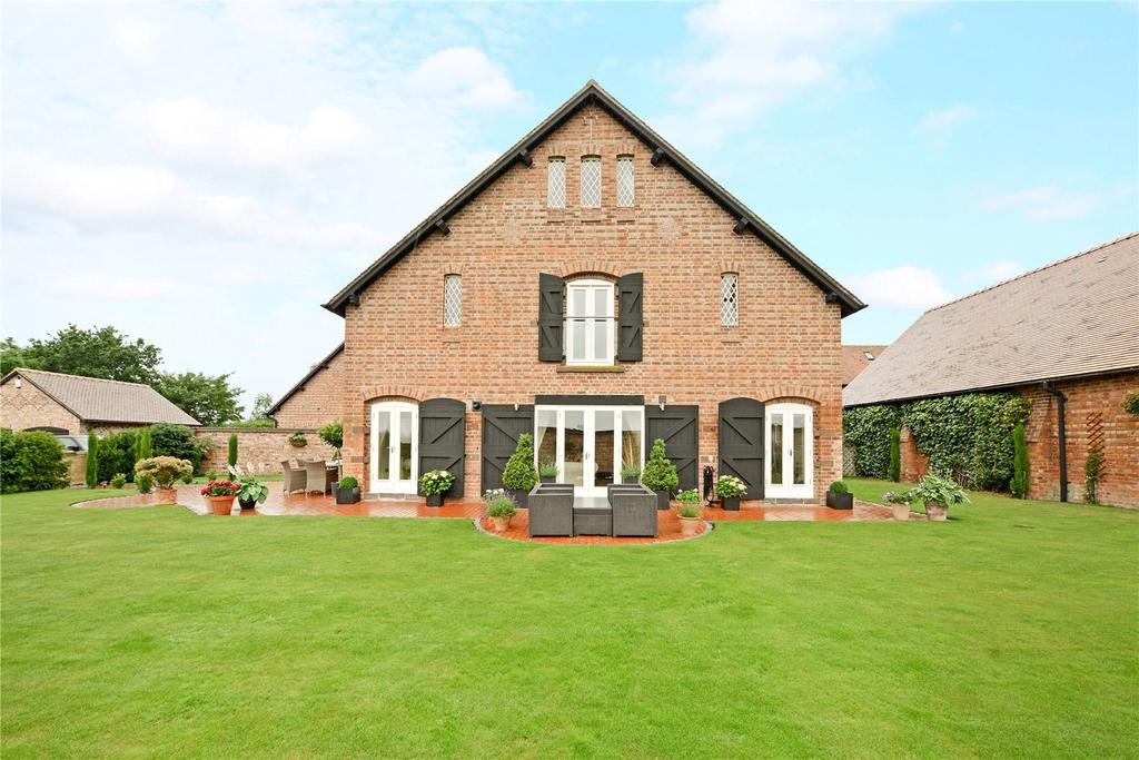 5 Bedrooms Semi Detached House for sale in The Oaklands, Brookside Farm, Old Lane, Pulford, CH4