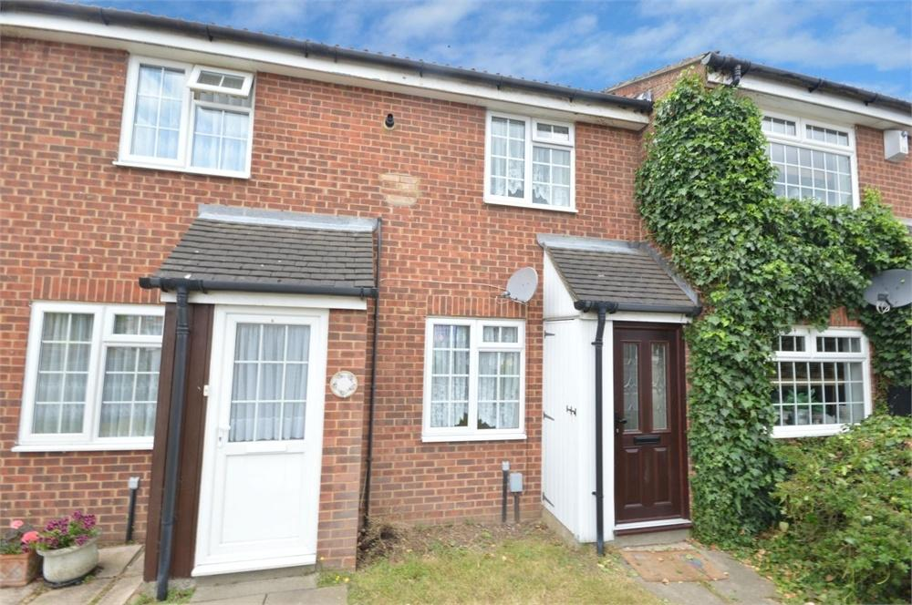 2 Bedrooms Terraced House for sale in Greenacre Close, Swanley