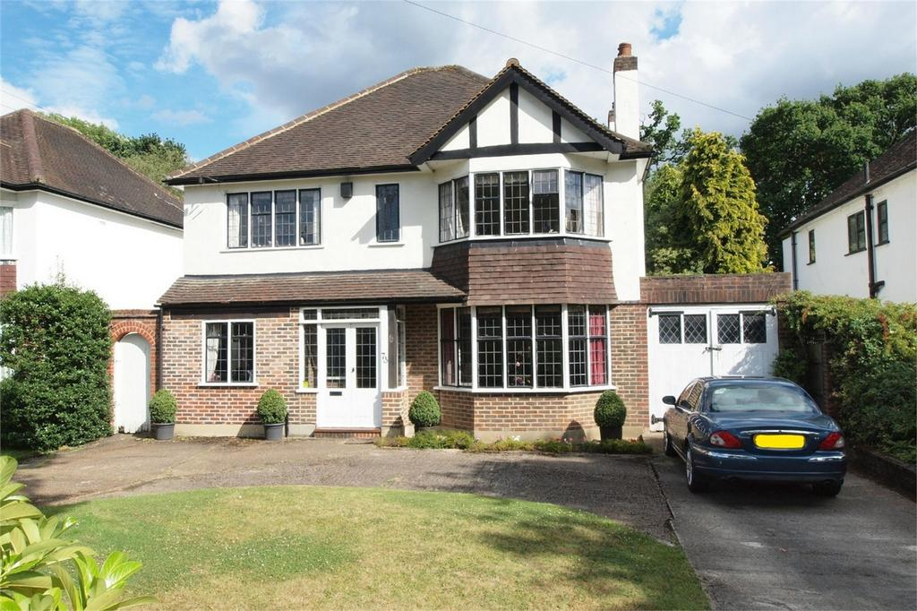 4 Bedrooms Detached House for sale in Barnfield Wood Road, Park Langley, Beckenham, Kent