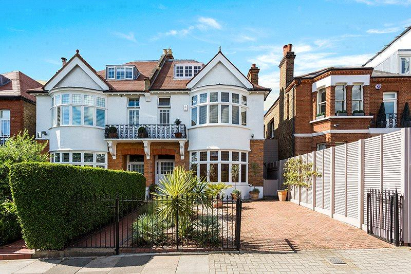 4 Bedrooms Semi Detached House for sale in Thurleigh Road, Between The Commons, London, SW12