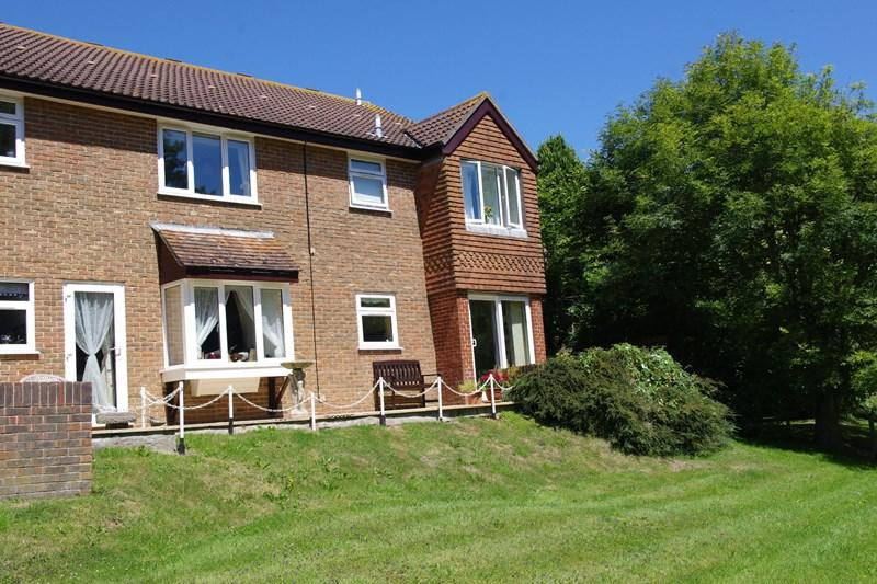 2 Bedrooms Retirement Property for sale in Meadow Court, Bridport
