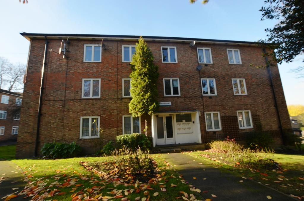 2 Bedrooms Flat for sale in Parfew Court Sydenham Hill SE23