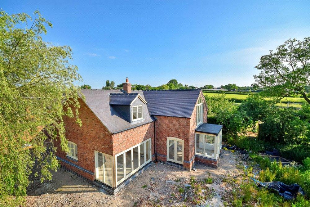 5 Bedrooms Detached House for sale in Dalbury Lees, Ashbourne, Derbyshire