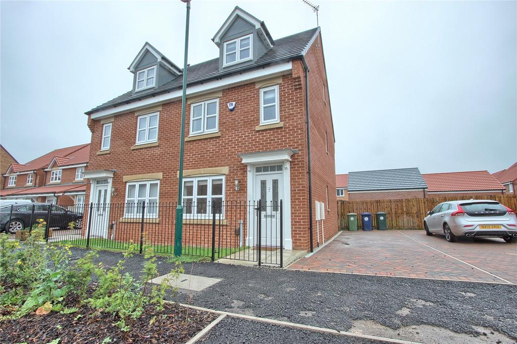 3 Bedrooms Semi Detached House for sale in William Turner Road, Redcar