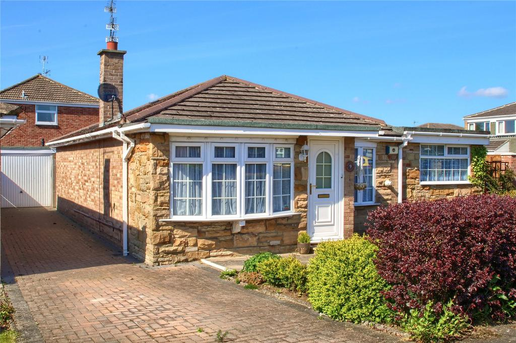 3 Bedrooms Detached Bungalow for sale in Crowood Avenue, Stokesley