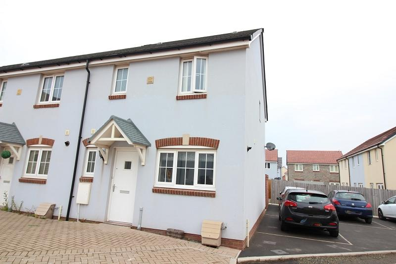 3 Bedrooms End Of Terrace House for sale in Sunningdale Drive, Hubberston, Milford Haven, Pembrokeshire. SA73 3SA