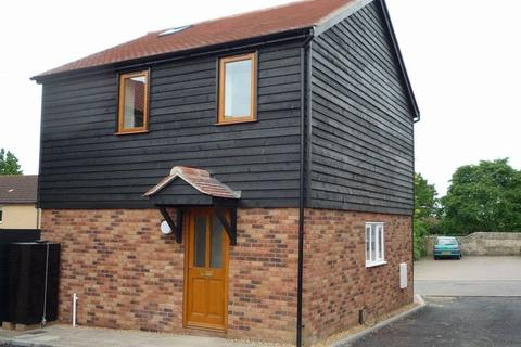 2 bedroom detached house to rent - Mill Yard, Haddenham, ELY, Cambridgeshire, CB6