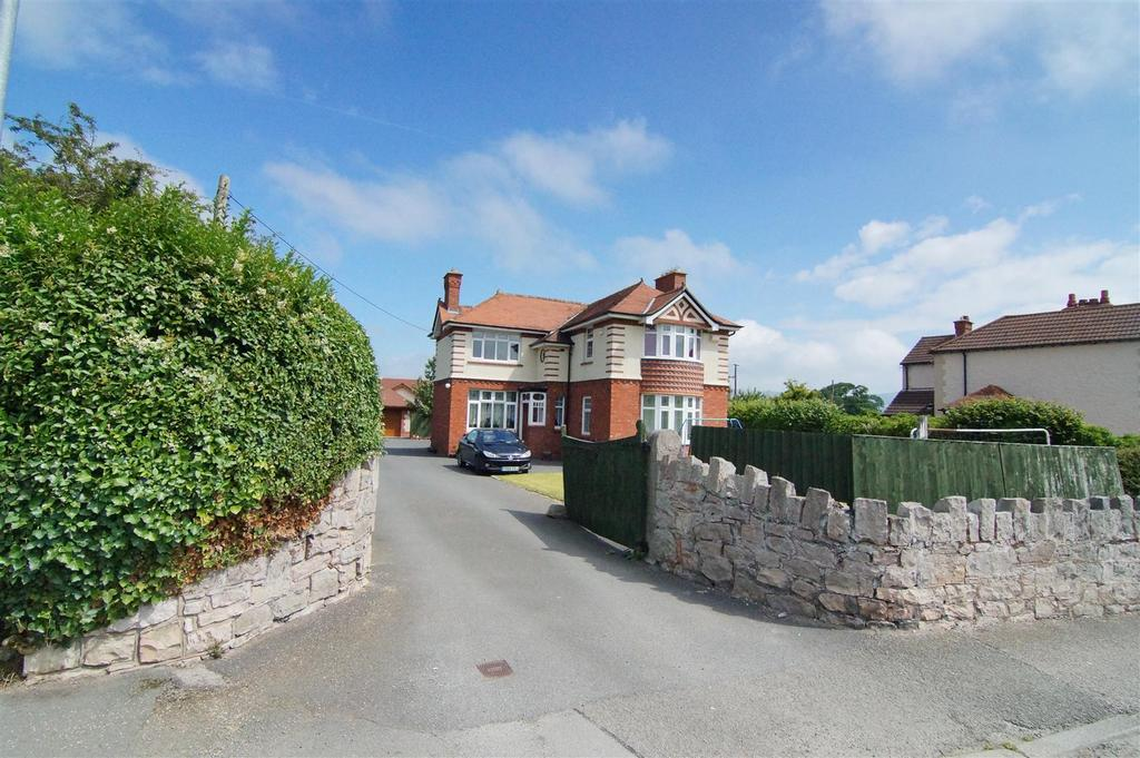 5 Bedrooms Detached House for sale in Ruthin Road