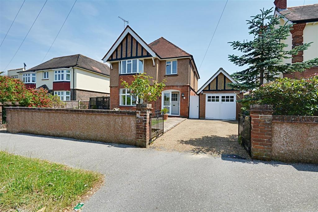 4 Bedrooms Detached House for sale in Westville Road, Bexhill-On-Sea