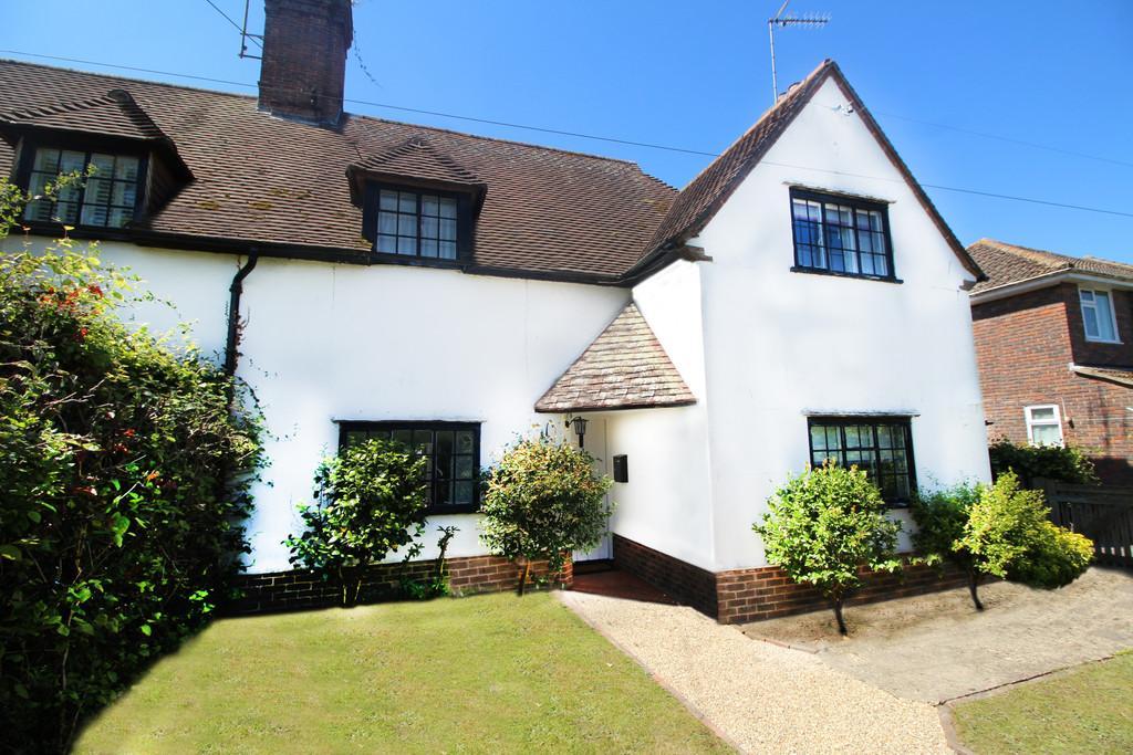 3 Bedrooms Cottage House for sale in Browns Lane, Storrington
