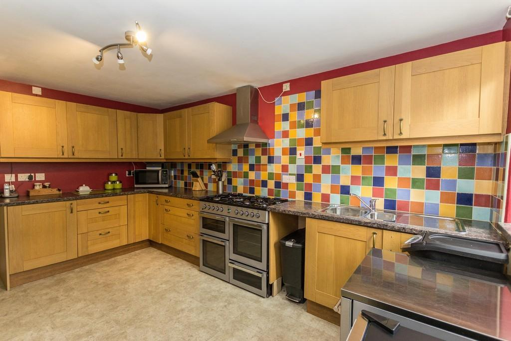 4 Bedrooms Terraced House for sale in Market Street, Dalton-In-Furness