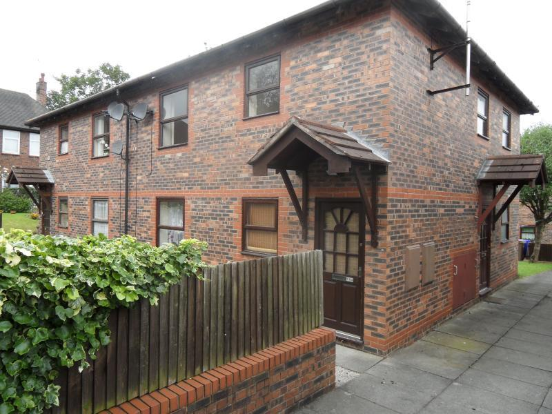 2 Bedrooms Flat for sale in Maryfield Walk, Penkhull, Stoke-On-Trent