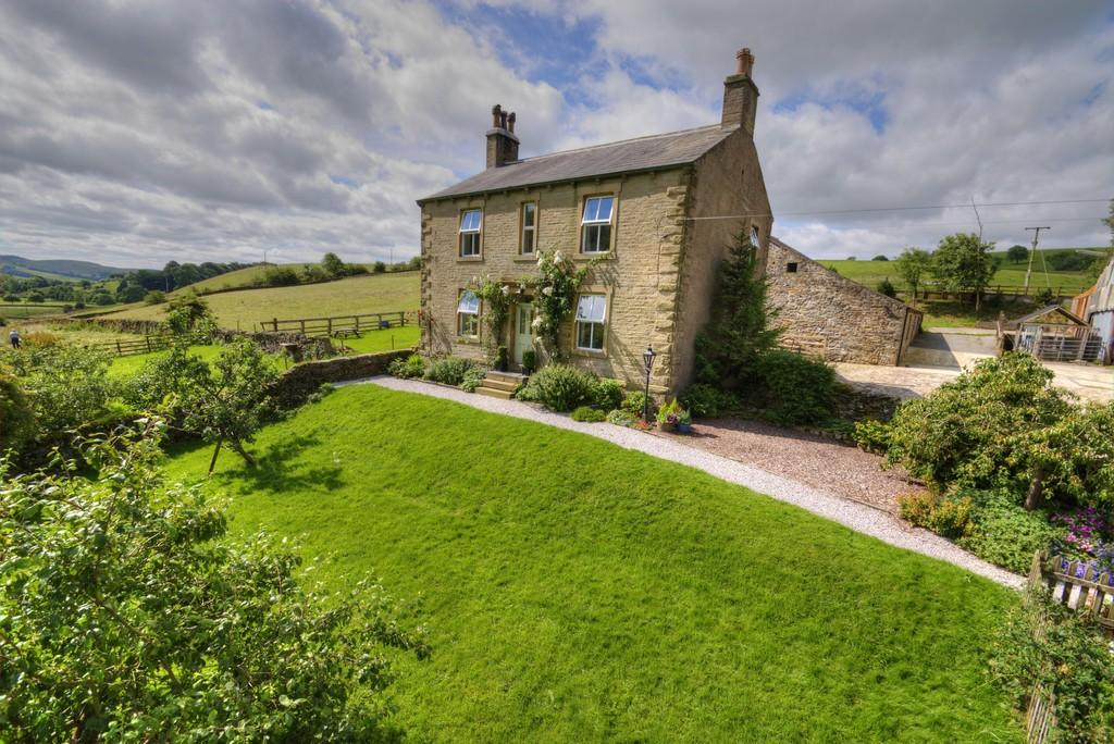 4 Bedrooms Farm House Character Property for sale in Huntworth Farm, Giggleswick