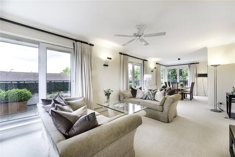 2 bedroom penthouse for sale - Chatsworth Lodge, Bourne Place, London, W4