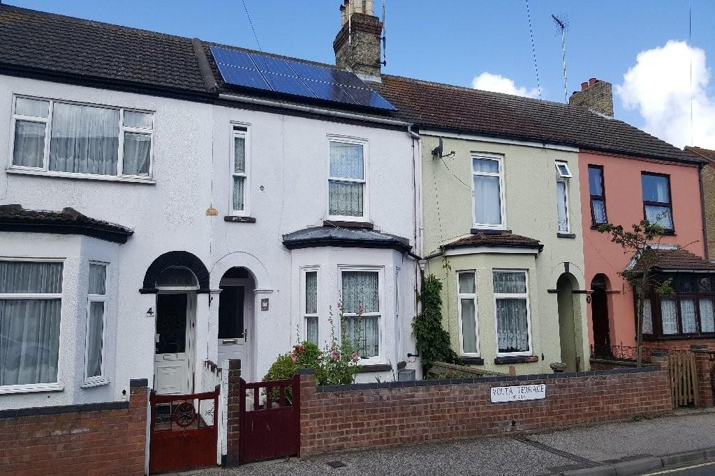 3 Bedrooms Terraced House for sale in Volta Terrace, Norwich Road, Lowestoft