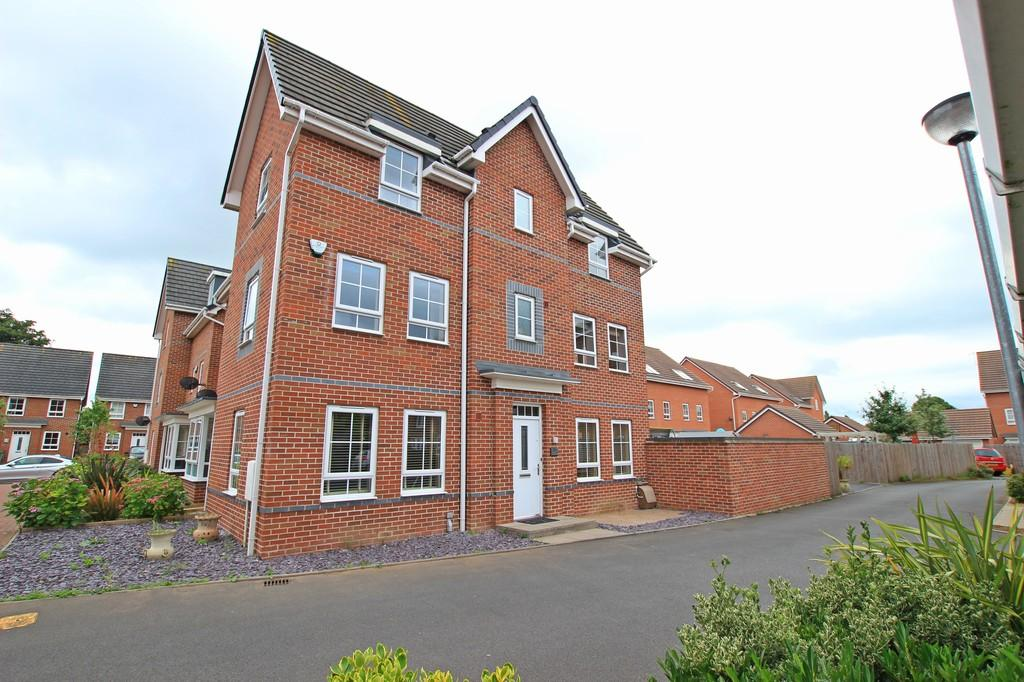4 Bedrooms Semi Detached House for sale in Willis Place, ST JOHNS
