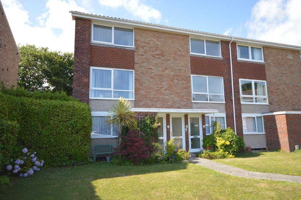 2 Bedrooms Maisonette Flat for sale in Ashley Road, New Milton