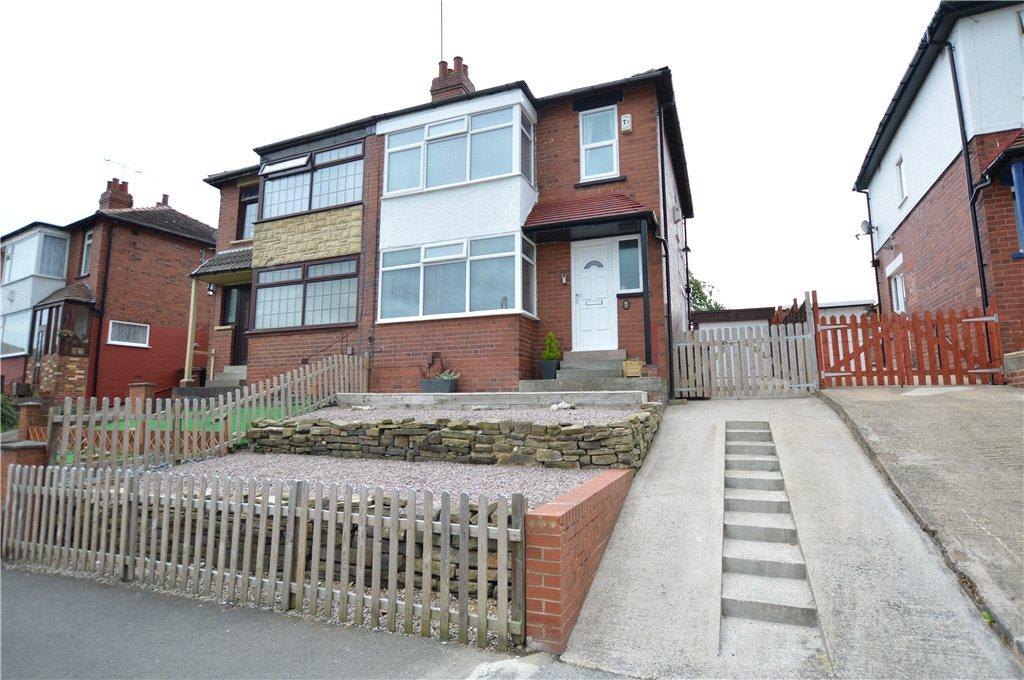 3 Bedrooms Semi Detached House for sale in Somerville Avenue, Leeds