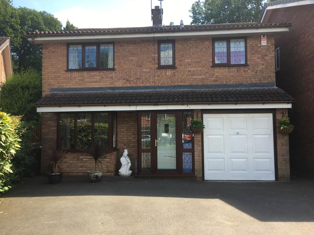 4 Bedrooms Detached House for sale in Tait Croft, Solihull