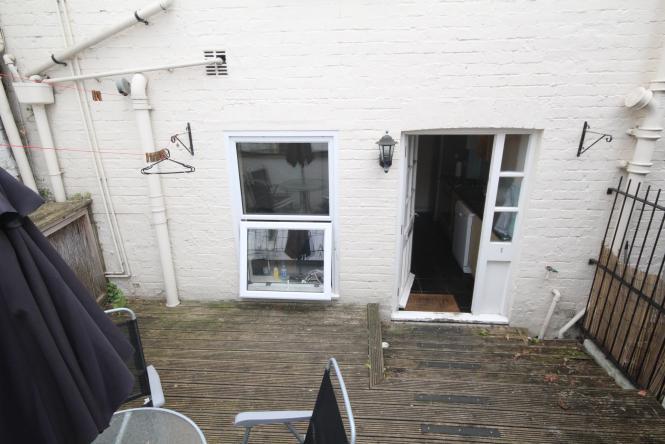 1 Bedroom House for sale in Grafton Road, Cheltenham, GL50 2DD