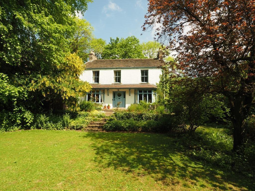 5 Bedrooms Detached House for sale in Maynestone Road, Chinley, High Peak, Derbyshire, SK23 6AF