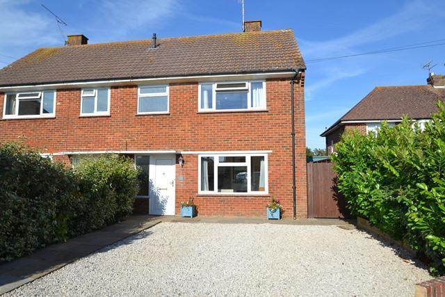 3 Bedrooms Semi Detached House for sale in St Maurs Road, Ferring, West Sussex, BN12 5LE