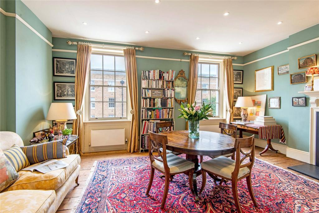 1 Bedroom Flat for sale in Mecklenburgh Street, WC1N