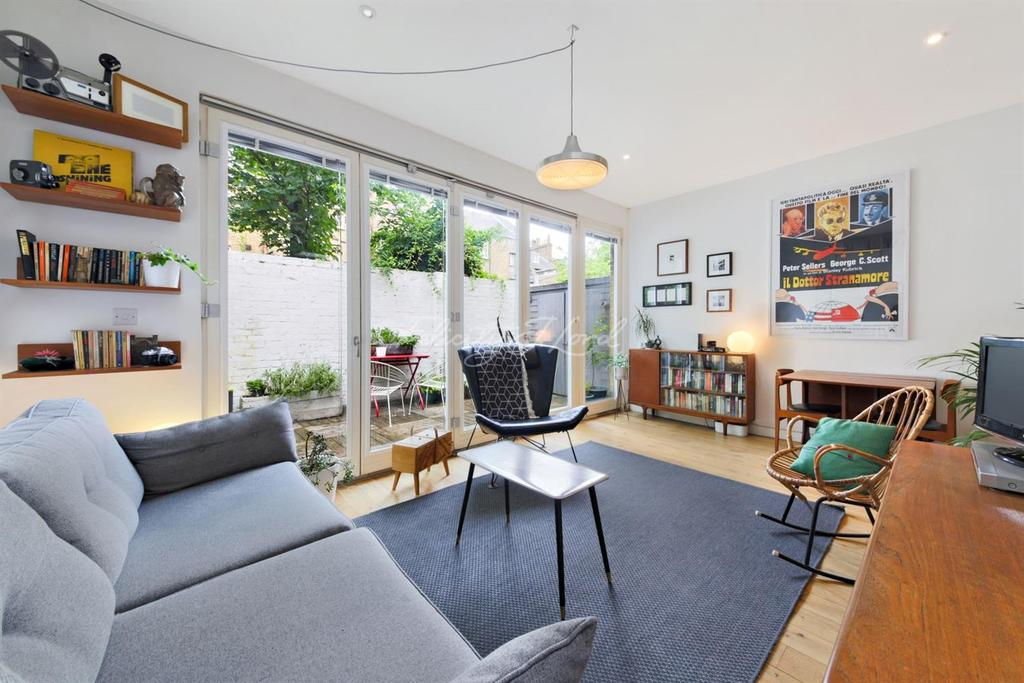 1 Bedroom Flat for sale in Clarence Road, Clapton, E5