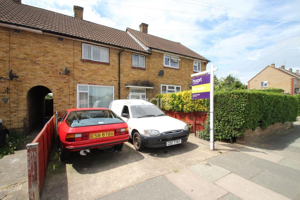 3 Bedrooms Terraced House for sale in Edenhall Road, Harold Hill, RM3 7RT