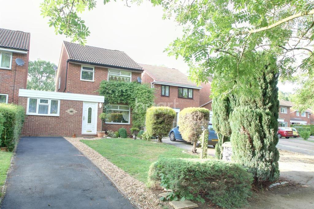 3 Bedrooms Detached House for sale in Bradville, Milton Keynes